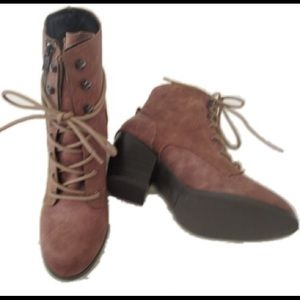 Dolce by Mojo Moxy Joelle Ankle Boots NWOT